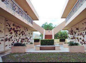 mausoleum crypt cemetery plot burial Vista Gardens Miami Lakes for Sale in Tamarac, FL