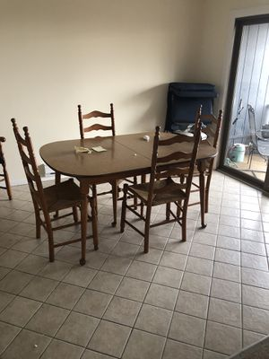 Large, very large table w formica table top w, 3 leafs and chairs. for Sale in East Hanover, NJ