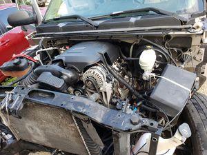 Chevy Silverado engine 4.8 08 for Sale in Miami Springs, FL