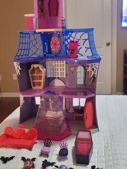 Vampirina Toy House for Sale in Auburndale,  FL