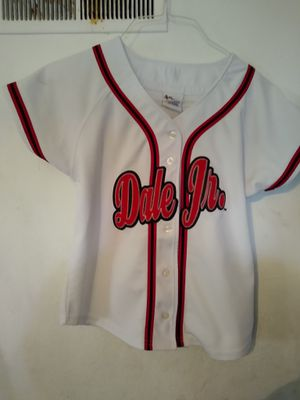 Ladies Dale Jr Jersey Small for Sale in BRECKNRDG HLS, MO