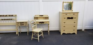 Hitchcock Bedroom Set w/ Writing Desk for Sale in Arlington, MA