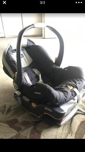 Chicco car seat for Sale in Rialto, CA