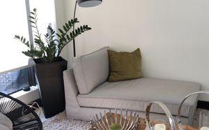 Modern chaise Sofa for Sale in Miami, FL
