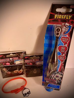 Monster High Tooth Brush and Jewelry for Sale in La Vergne, TN