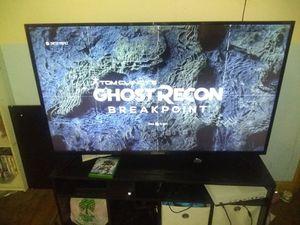 Xbox one 500g for Sale in Wichita, KS