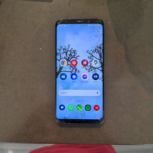 Galaxy S9 With Cracked Screen (Blue) for Sale in Austin, TX