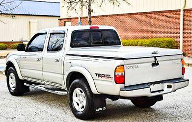 Automatic.transmission 2003 Toyota Tacoma Need.Nothing AWDWheels!!✅ bgfvderr for Sale in Wichita,  KS
