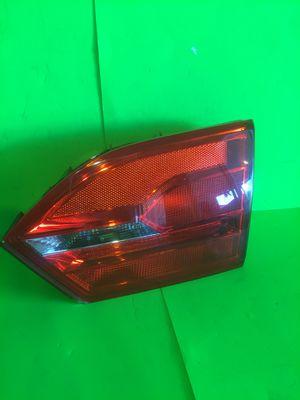 2011 2012 2013 2014 Volkswagen Jetta Right/Passenger Inner TailLight OEM 5C6945260. for Sale in San Marcos, CA