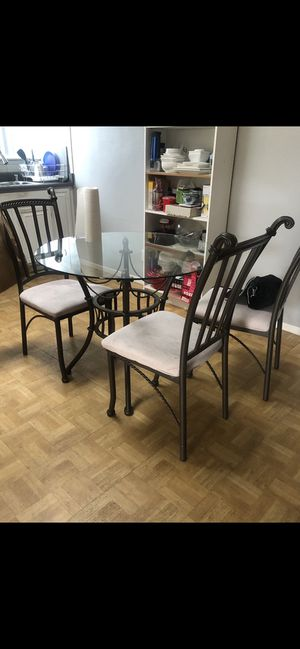 Glass Dining Table set for Sale for Sale in San Diego, CA