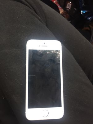 iPhone 5 SE for Sale in Detroit, MI