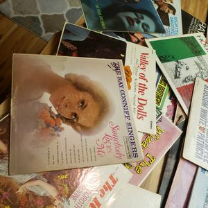 33 1/3 Vinal Records. Old Ones for Sale in East Wenatchee, WA