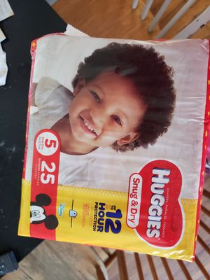 3 PACKAGES DIAPERS HUGGIES SNUG & DRY SIZE 5 for Sale in Hyattsville, MD
