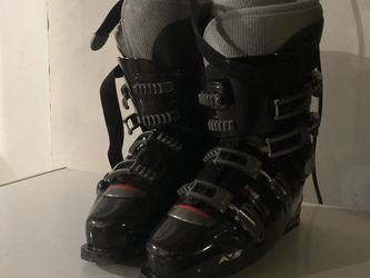 Tecnica Ski Boots Size 12.5 US Men for Sale in Normandy Park,  WA