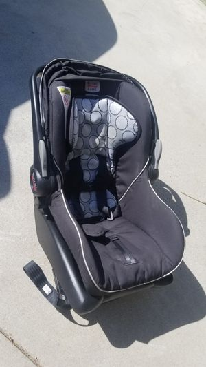 Britax infant car seat with base for Sale in Buena Park, CA