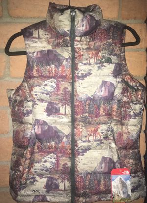 NEW Women's the north face 700 fill down puffer Vest Yosemite national park limited edition small s sm nuptse 2 packable Patagonia tnf green jacket for Sale in Phoenix, AZ