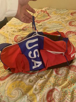 Wilson USA gym duffle bag for Sale in Greenwood Village, CO