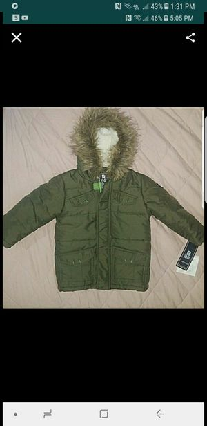 2t new puffer jacket for Sale in Los Angeles, CA