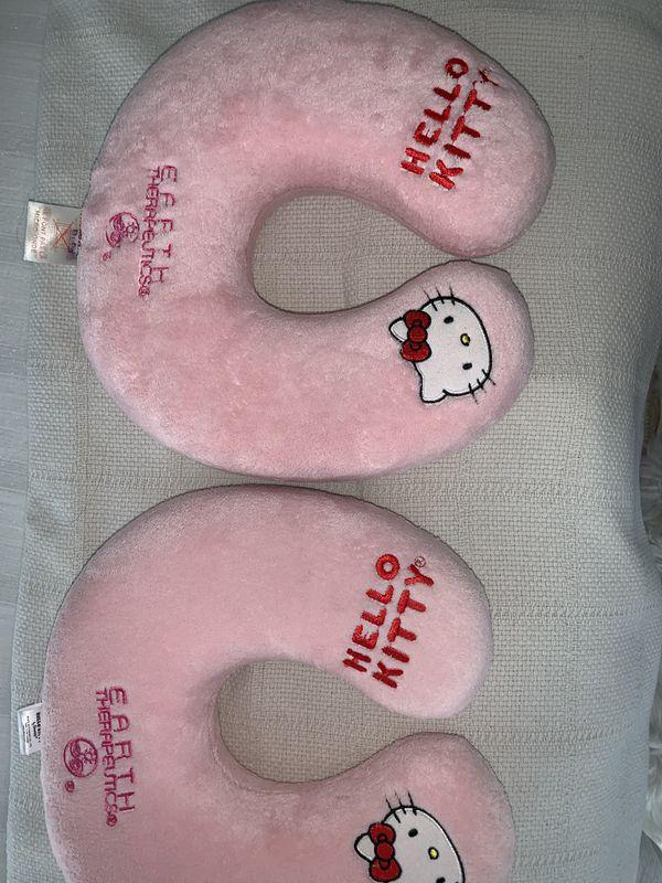 2 hello kitty travel pillows
