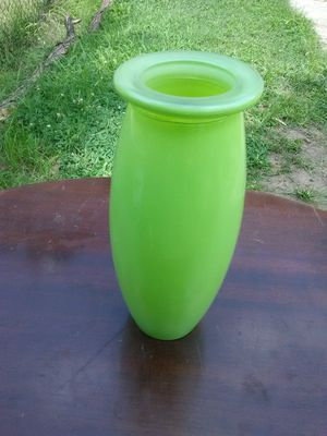 Green Glass Vase for Sale in Washington, DC