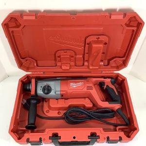 """Milwaukee 1"""" SDS Rotary Hammer for Sale in Kent, WA"""