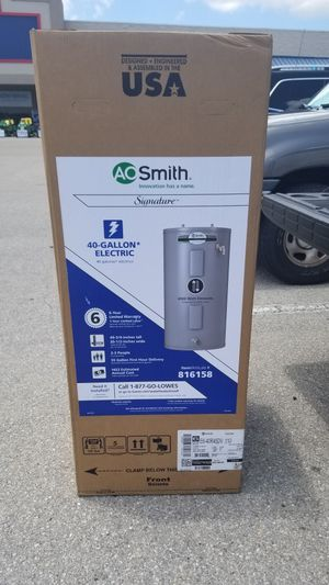 AO SMITH HOT WATER HEATER/TSNK for Sale in Fort Myers Beach, FL