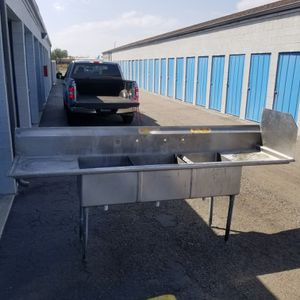 Three compartment sink for Sale in Riverside, CA