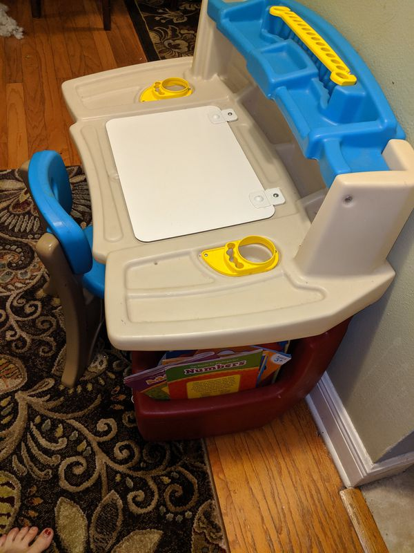 Step 2 Toddlers Desk