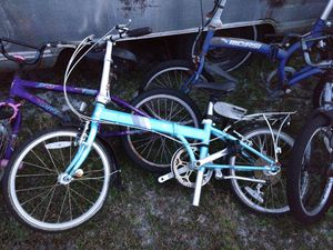 Dahon folding bike for Sale in Christmas, FL