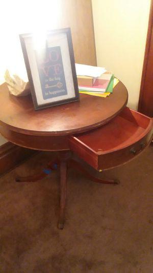 School desk for Sale in Columbus, OH