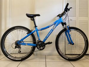 """Specialized Myka Comp M4 Manipulated Alloy, 24 Speeds, Tire Size 26"""" - Free Delivery Available for Sale in Miami, FL"""