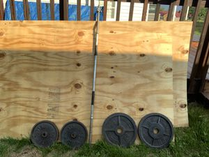 Standard and Weider weights and barbell bar. for Sale in Greeneville, TN