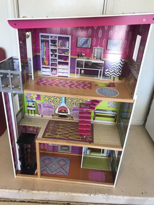 Kid craft Doll house for Sale in Peoria, AZ