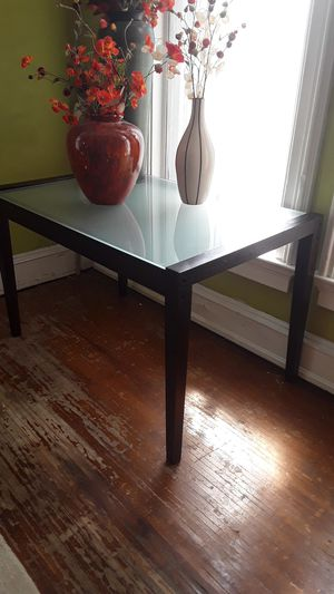 Glass Table & home decor for Sale in West Alton, MO