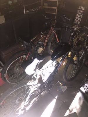 2cycle gas motor bikes for Sale in Cleveland, OH