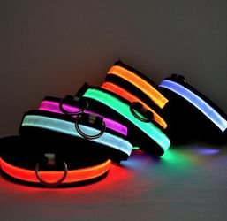 LED DOG COLLAR FLASHING MODES SIZE LARGE for Sale in Modesto,  CA