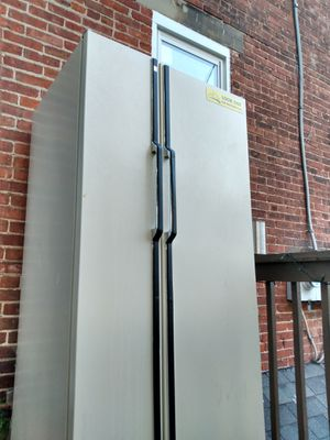 Refrigerator/Freezer for Sale in Columbus, OH