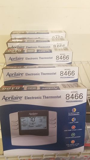 Electronic thermostat for Sale in Oak Lawn, IL