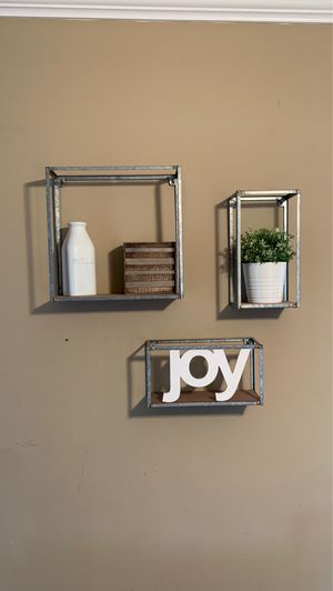 Wall decor shelves for Sale in Columbia, TN