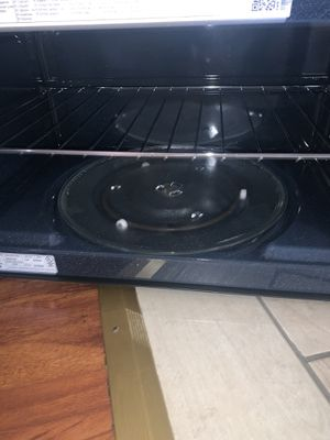 Samsung H704 over the range microwave for Sale in Santa Clara, CA