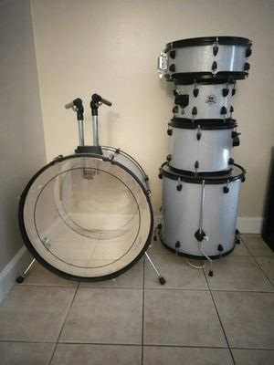Ddrum D2R 5 piece Drum set Shell pack for Sale in Port St. Lucie, FL