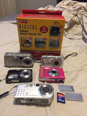 Digital video camera Lot with memory cards for Sale in Cincinnati, OH