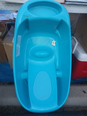 Baby bath todler booster seat for Sale in Colorado Springs, CO