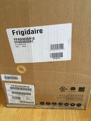 Frigidaire Dehumidifier model #FFAD3033R1 for Sale in Wilsonville, OR