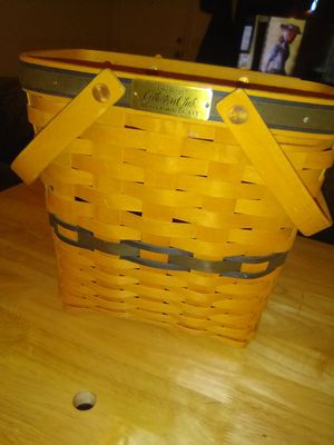 Longaberger Collectors Club Membership Basket for Sale in Tempe, AZ