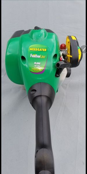 WeedEater Grass Trimmer for Sale in Oxon Hill, MD