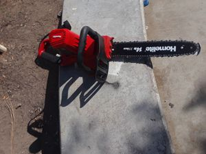 Electric chainsaw used once cuts like butter. . for Sale in San Diego, CA