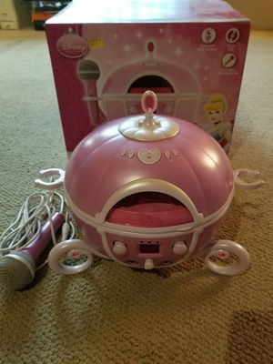 CD Player Princess Carriage for Sale in Los Angeles, CA