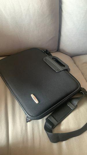 Laptop case for Sale in Port St. Lucie, FL