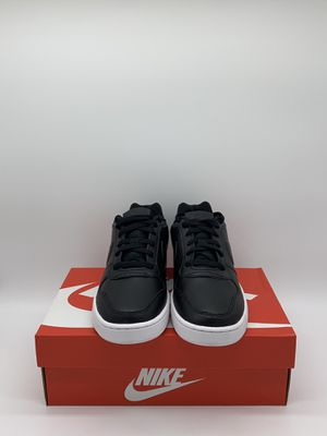 Nike Ebernon Low Women's Size: 6, 6.5, 7, 7.5, 8.5 for Sale in San Leandro, CA